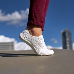 Täiskasvanute jalatsid