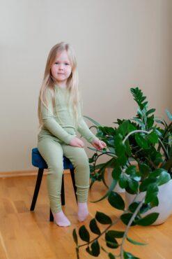 Cosilana ümbrikkaelusega pluus, siid-vill-puuvill, Roheline Lasteriided - HellyK - Kvaliteetsed lasteriided, villariided, barefoot jalatsid