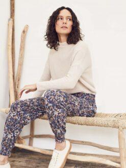 Bambuskangast haaremipüksid, Madelyn Naistele - HellyK - Kvaliteetsed lasteriided, villariided, barefoot jalatsid