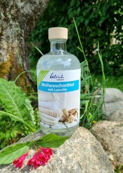 Ulrich lanoliiniga villapesugeel premium line, klaaspudelis Hooldusvahendid ja tarvikud - HellyK - Kvaliteetsed lasteriided, villariided, barefoot jalatsid
