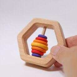 """Grimm´s kõristi """"Heksagon"""" Beebimänguasjad - HellyK - Kvaliteetsed lasteriided, villariided, barefoot jalatsid"""